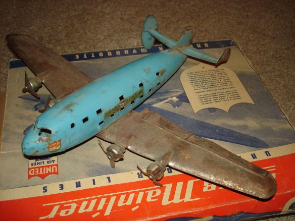 WYANDOTTE AMERICAN AIRLINER Super Mainliner Airplane and ORIGINAL BOX collectibles from the past    collectibles  antiques from the past 1930s Marx Laughing Cows Whoopee Car Tin Wind Up 2   antique toys vintage toys toy collection